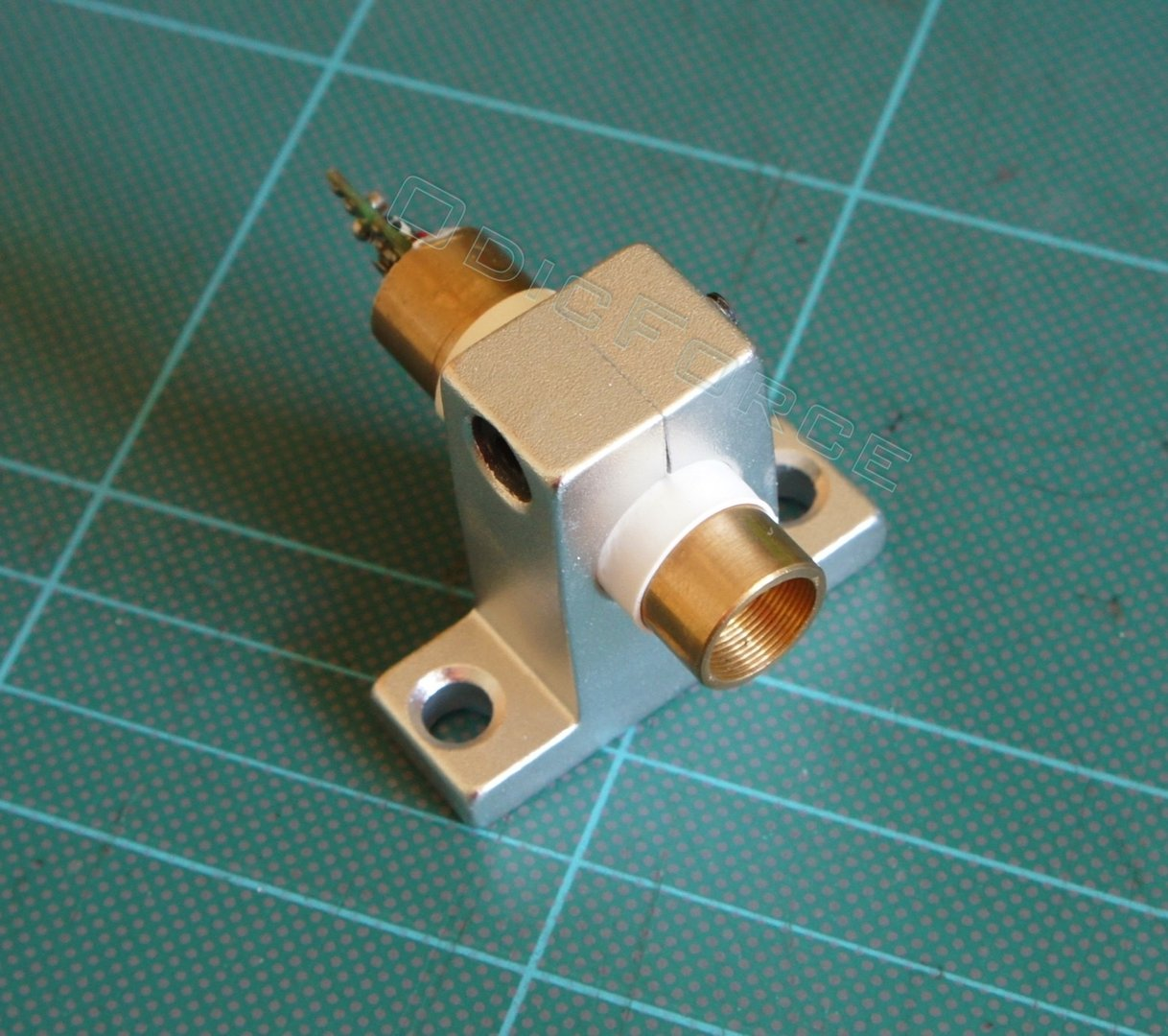 Alloy Module Holder for 12mm Modules (Isolated, 12.7mm)